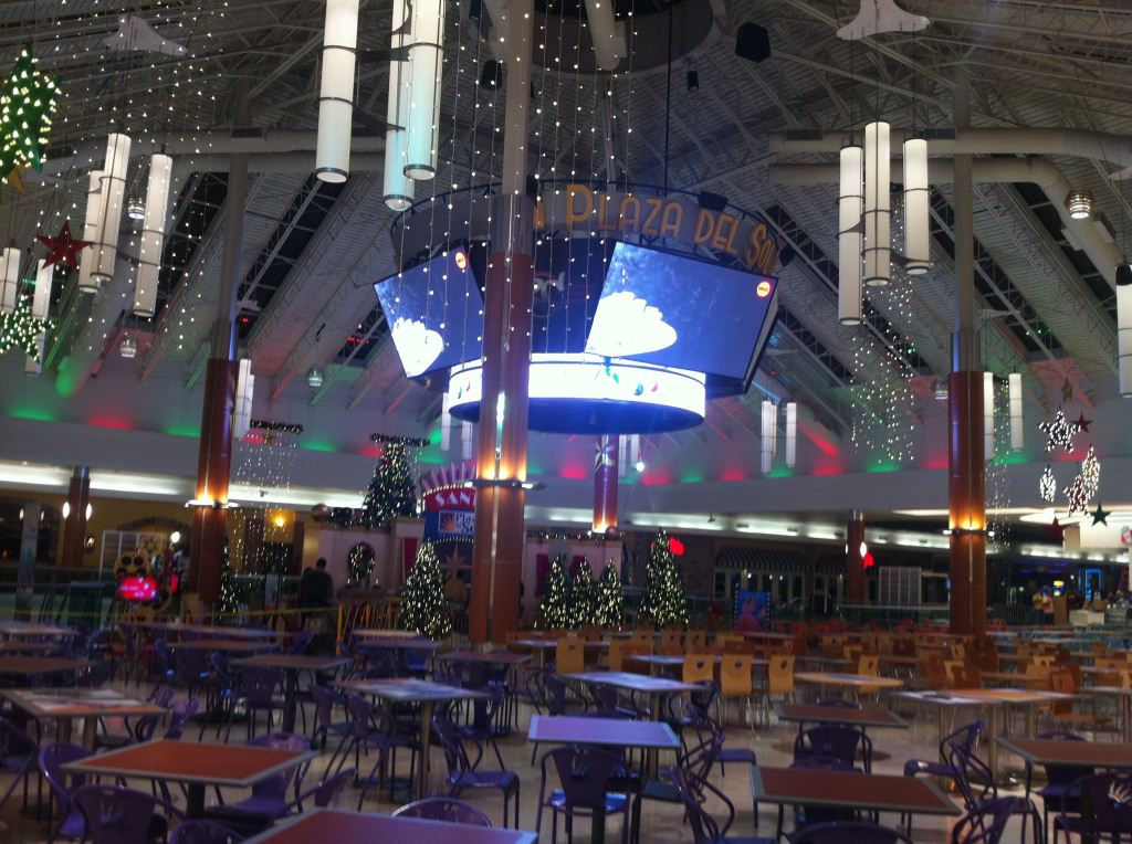 DDR Plaza del Sol Food Court Remodel Phase 1 - Xmas 2012